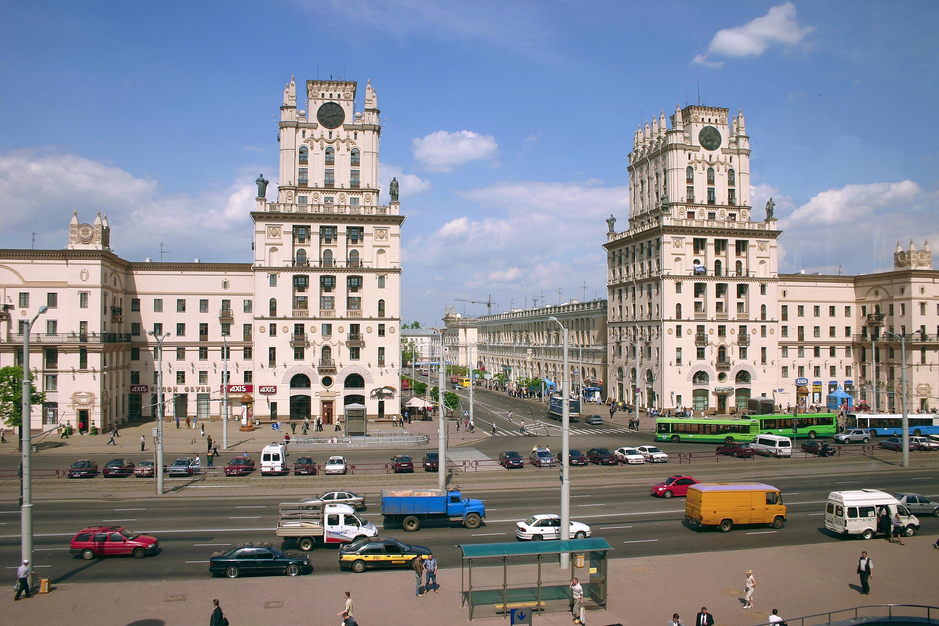 Pompastiška stalininė architektūra - neatsiejama Minsko dalis. (K. Žukausko nuotr.)